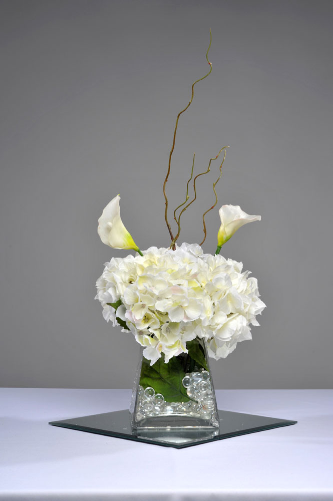Hydrangea Centerpiece Questions : White hydrangea centerpieces imgkid the image